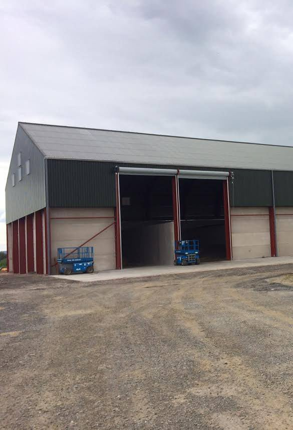 Grain store with roller shutters
