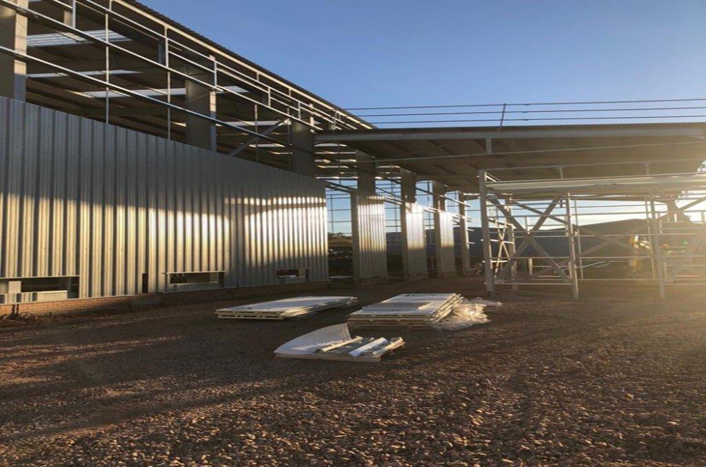 Steel cladding installation mid point min