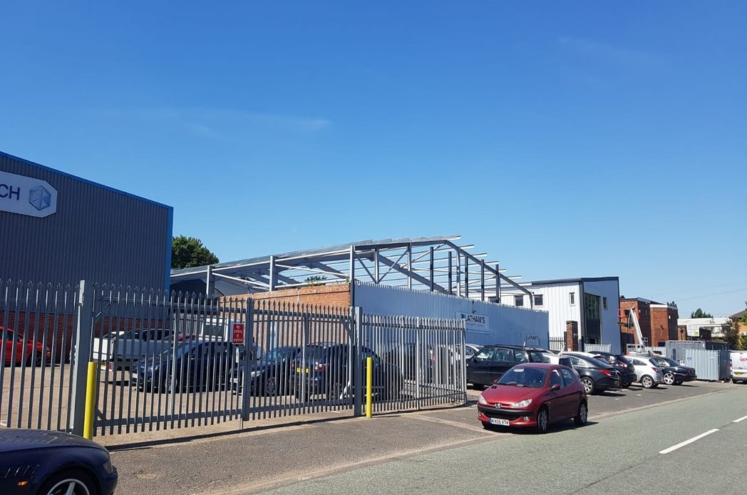 Steel warehouse with roof min